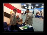 زيارة وزير التعليم العالي اﻻردني الأسبق وأمين إتحاد الجامعات العربية لجناح جامعة بنها بمعرض تعليم 2015 بالعاصمة الأردنية عمان