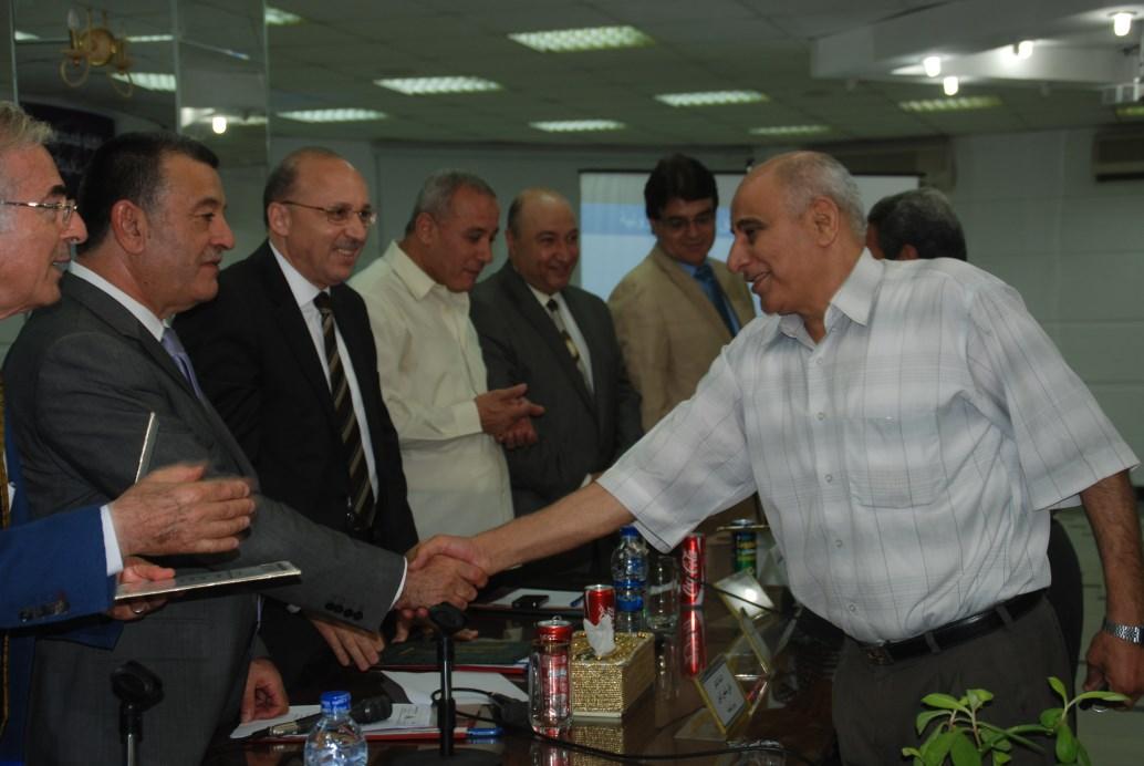 السيد/ أحمد عبدالغني النساج