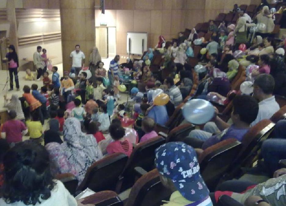 إجتماع شهرى لرؤساء الأجهزة بكليات جامعة بنها يوم الأربعاء الموافق 8/ 8 /2012