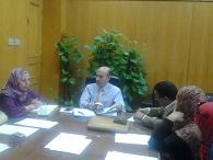 اجتماع أ.د/ سليمان مصطفي  - نائب رئيس الجامعة لشئون التعليم والطلاب مع الساده مدرسي اللغه.