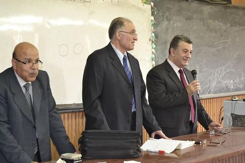 الأستاذ الدكتور/ علي شمس الدين يتفقد بعض كليات الجامعة لمتابعة سير العملية التعليمية