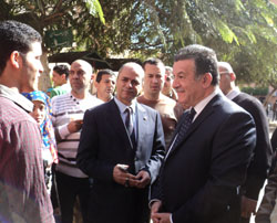 Prof. Dr. Ali Shams El Din visits the Faculty of Arts