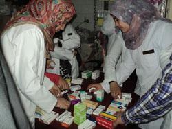 القافلة الطبية.. العلاج بالمجان لـ 470 حالة فى قرية ميت العطار