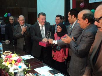حفل لتكريم خريجي التعليم المفتوح بكلية التجارة بجامعة بنها