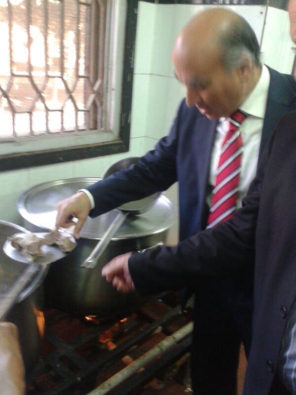 زيارة مفاجئة لمطابخ المدينة الجامعية