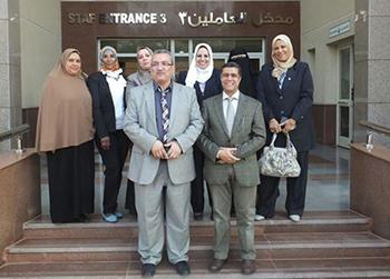 زيارة قيادات كلية تمريض بنها لمستشفي العربي الدولي بأشمون