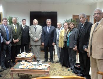 خلال زيارته لهندسة شبرا واستقبال فريق الجودة: رئيس جامعة بنها نولى اهتماما كبيرا لاعتماد الكليات