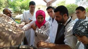 طلاب جامعة بنها في زيارة ميدانية للوحدة البيطرية بميت كنانة