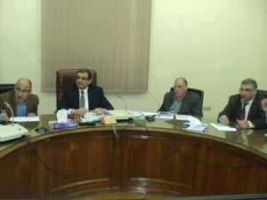 Prof. Dr. Hesham Abu El Enin puts Urgent Plan to Develop the Labs
