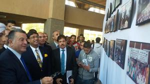 رئيس جامعة بنها وسفير الهند يفتتحان معرض «نافديب سورى»