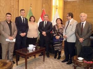 رئيس جامعة بنها يستقبل وفد من السفارة الفرنسية بالقاهرة