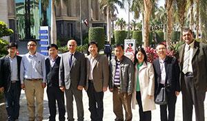 L'Université de Benha reçoit une délégation de l'Université Chinoise de Hoazenj pour discuter de la coopération scientifique