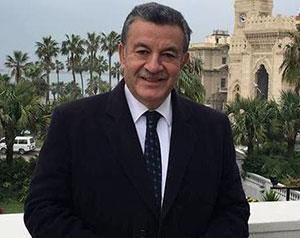 رئيس جامعة بنها: جميع طلاب أشقائنا العرب أبنائى ومحل رعاية فى وطنهم الثانى مصر