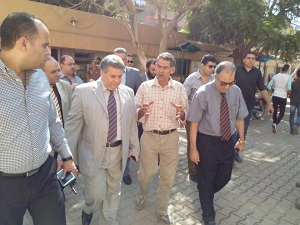 Prof. Dr. El Sayed Yusuf El Kady inspects Faculty of Commerce