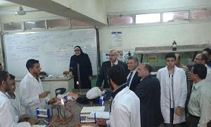 Le Président de l'Université de Benha dans une visite à la Faculté des sciences