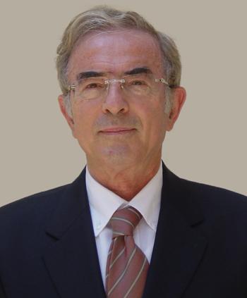 الأستاذ الدكتور/ غازي محمد راتب عصاصه مستشاراً للعلاقات الدولية بجامعة بنها