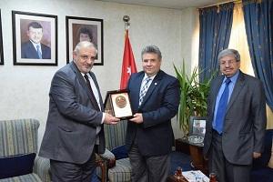 تعاون بين جامعة بنها والجامعة الهاشمية