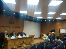 During his Visit in Zagazig University, the University President discusses A Master Thesis in the Faculty of engineering