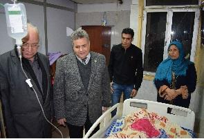 Le président de l'Université inspecte l'hôpital universitaire pendant la nuit