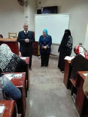 نائب رئيس الجامعة فى لجان إمتحانات تمريض بنها