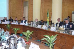 Le Conseil des dirigeants de l'Université de Benha s'interesse ȧ la vision du développement de l'enseignement supérieur et la recherche scientifique.