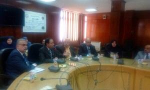 La visite du Directeur de la planification stratégique de l'Université de Benha aux facultés de l'Université.