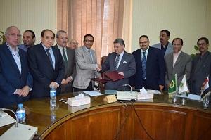 برتوكول تعاون بين جامعة بنها وجهاز مشروعات الخدمة الوطنية لإقامة المستشفي التخصصي