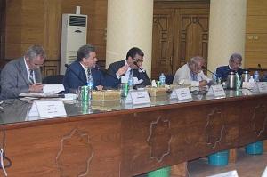 Le professeur Elsayed Elkaddi – Président de l'Université confirme l'importance de l'annonce des résultats finaux en son temps.