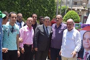 Dans le cadre des célébrations heureuses qui expriment la joie des égyptiens pour la glorieuse révolution de 30 Juin en Egypte, et au gouvernorat de Qalyubia : émit par les étudiants de l'Université de Banha Une cérémonie des jeunes et une manifestation de joie comme action de fêter à l'occasion de l'évènement heureux de la glorieuse révolution 30 Juin.