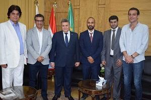 رئيس جامعة بنها يستقبل وفداً من طلاب الدراسات العليا الكويتيين