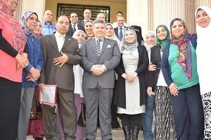 Le Plan stratégique de l'Université de Banha en cinq langues, le président de l'université insiste sur la nécessité de commencer la mise en œuvre.
