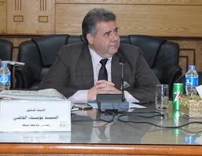 القاضي يطالب بالاستفاده من الحرفيين لاحياء الحرف والصناعات التقليديه في القري