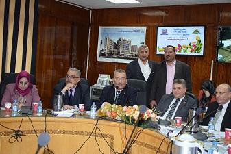 في مجلس طب بنها: القاضي يؤكد: رضاء المواطنين عن أداء المستشفيات مهمتنا الأولي