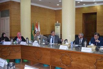 مجلس جامعة بنها يقرر : إسناد المشروعات الجديدة للقوات المسلحة