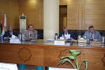 القاضي يطالب اساتذة بنها بالترشح لمنصب رئيس الجامعه