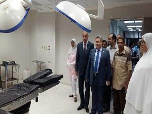 القاضى فى زيارة للمستشفيات الجامعية : هدفنا شفاء كل مريض يطلب العلاج