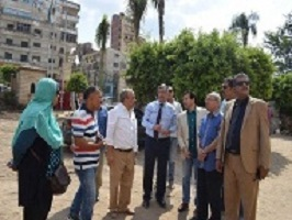 The university president inspects the amendments of the university's building