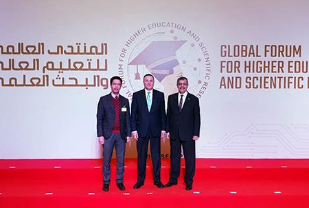 رئيس الوزراء ووزير التعليم العالي يفتتحان جناح جامعة بنها بمعرض المنتدى العالمى الأول للتعليم العالى والبحث العلمى