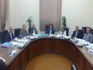 لجنة قيادات جامعة بنها تستقبل المتقدمين للوظائف القيادية
