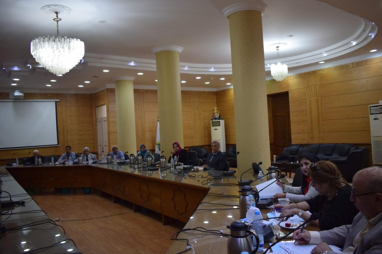 تنفيذاً لمبادرة الرئيس السيسى:  جامعة بنها تبدأ فى تطوير قرية كفر فرسيس بالقليوبية