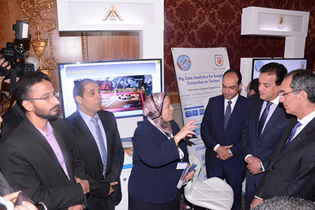 Minister of High Education inspects faculty of Computers and Artificial Intelligence Pavilion