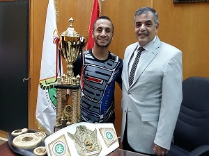 طالب بجامعة بنها يفوز ببطولة العالم « للكيك بوكسينج»