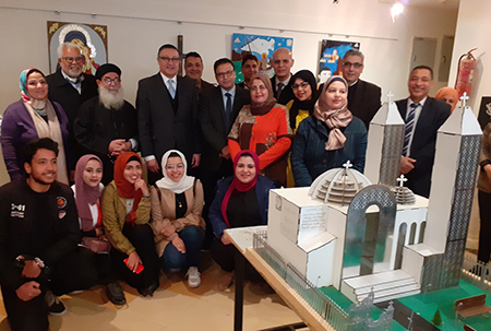 رئيس جامعة بنها يفتتح معرض جماليات الفنون القبطية
