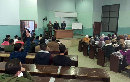 «المغربي» يتفقد سير العملية التعليمية بكلية الحقوق