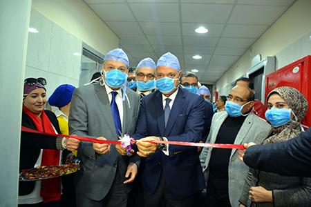 محافظ القليوبية ورئيس جامعة بنها يفتتحان وحدة قسطرة القلب الجديدة بالمستشفى الجامعى