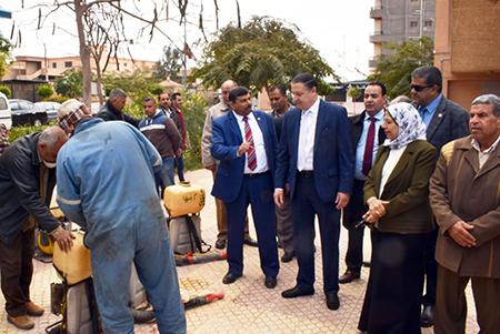 رئيس جامعة بنها: أجهزة للمسح الحراري للكشف علي المتردين علي الجامعة