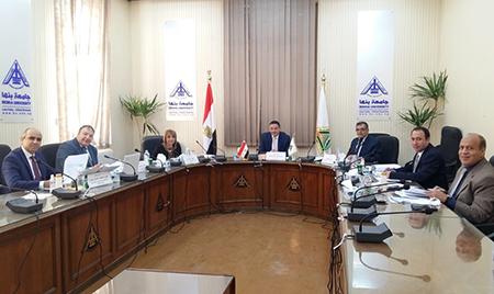 بلغ عددهم 52 متقدمًا: لجنة قيادات جامعة بنها تستقبل المتقدمين للوظائف القيادية