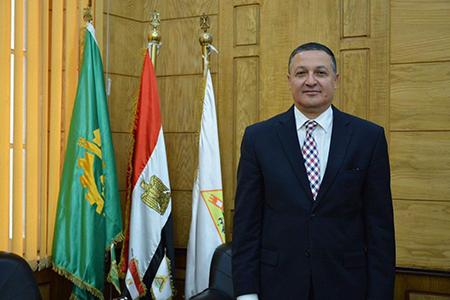 رئيس جامعة بنها يهنئ الرئيس السيسي بعيد تحرير سيناء