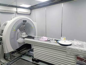 لخدمة مرضى كورونا: تشغيل جهاز أشعة مقطعية جديد بمستشفى بنها الجامعى