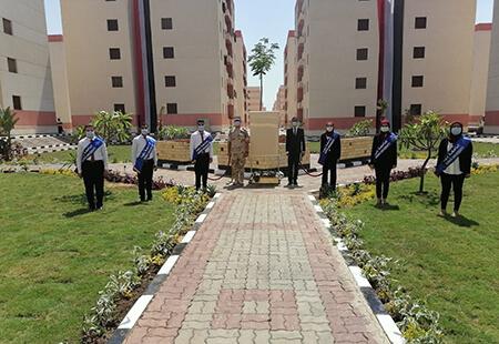 طلاب جامعة بنها يشاركون الرئيس السيسي افتتاح المشروعات القومية